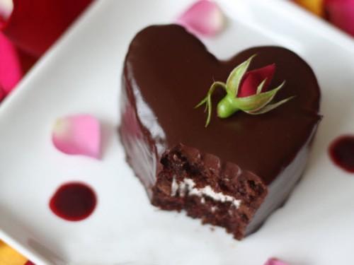 heart cake anniversary